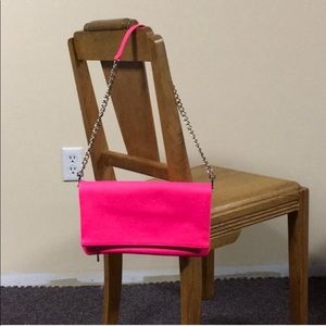 Neon pink Express chain link bag